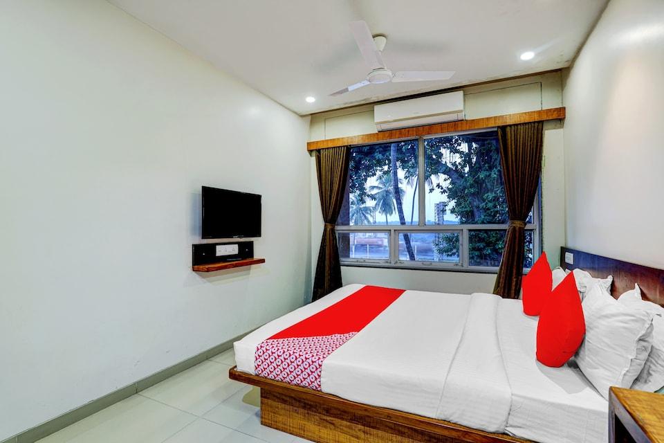 OYO 77491 Hotel Shreenath, Valsad, Valsad