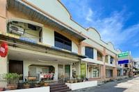 OYO 90159 Zahaar Hotel