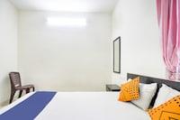 SPOT ON 77506 Sun Residency