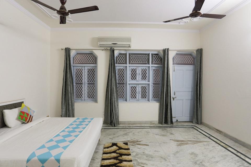 OYO 77525 Hotel Orbit Haveli, North Delhi, Delhi