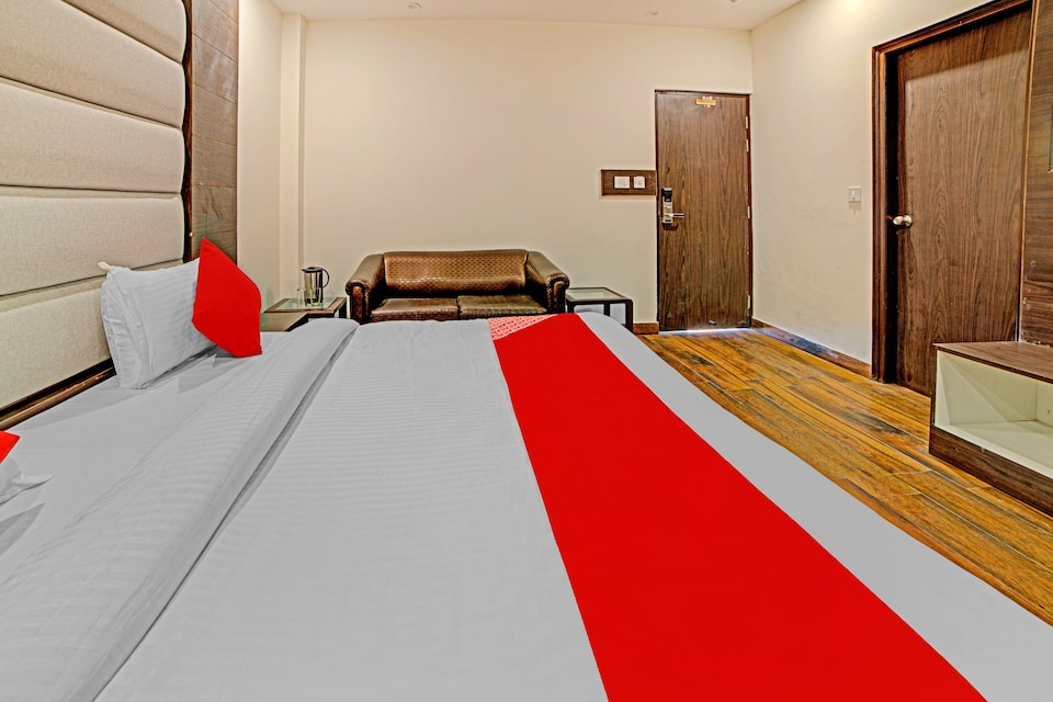 Collection O 77543 Hotel Glen Roy-moca, Picture palace Mussoorie, Mussoorie