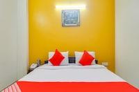 OYO 77606 Deep Comfort Inn
