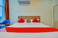OYO 77653 Hotel Le Majestic