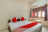 OYO 77676 The Ganpati Guest House