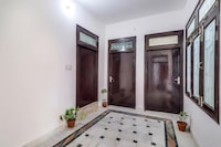 OYO 77723 Raghvendra Rai Homes