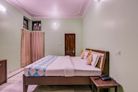 OYO 77778 Insight Home Stay