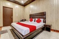 OYO 77804 Hotel Narayana