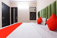 OYO 77819 Shahdara Inn