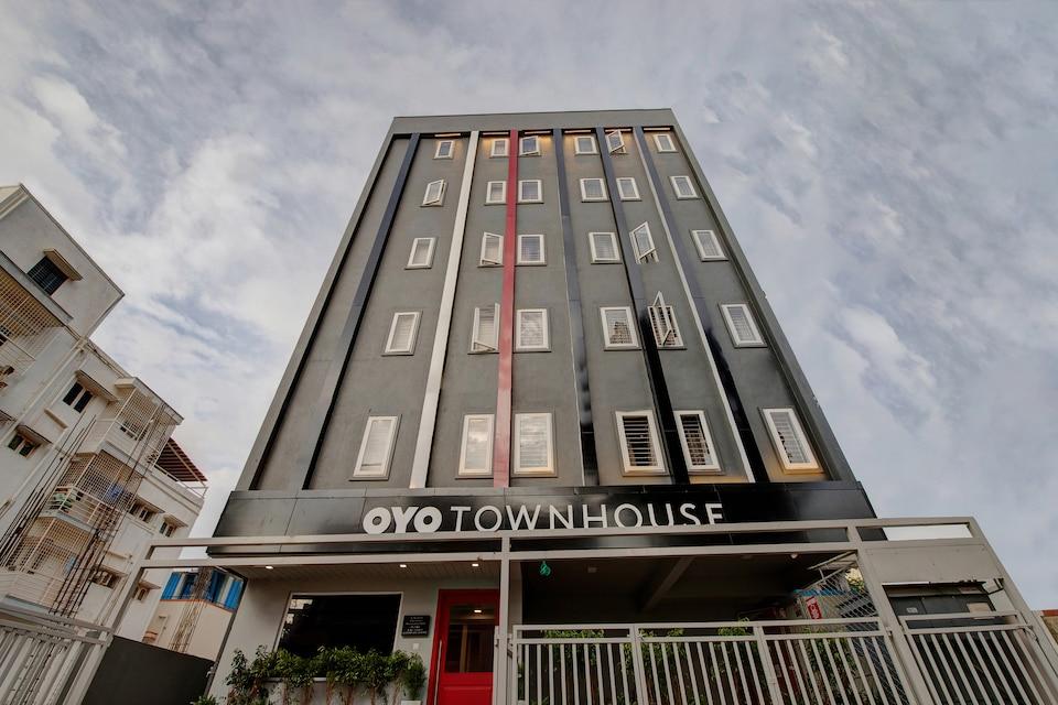 OYO Townhouse 149 Siri Residency Hebbal