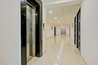 Capital O 77851 Hotel Jr Residency