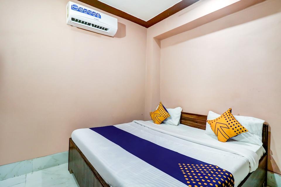 SPOT ON 77871 Hotel Blue Lagoon , Faridabad, Faridabad