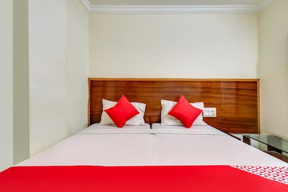 OYO 77883 Hotel Tejas Inn, MG Road Vijayawada, Vijayawada