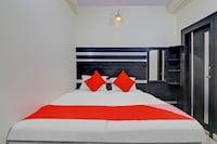 OYO 77893 Hotel Gopal