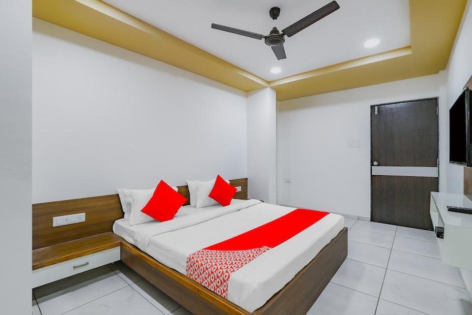 OYO 77910 Hotel Devanshi, Mehsana, Mehsana