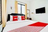 OYO 90211 I-sidji Inn