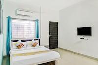 OYO Home 77980 Enticing Studio Stay Fursungi Road