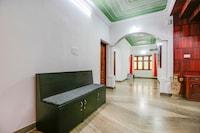 OYO 78016 Manikyam House