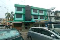OYO 90171 Centre Inn