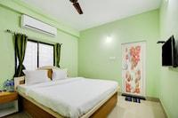 OYO 78055 Amar Raj Place