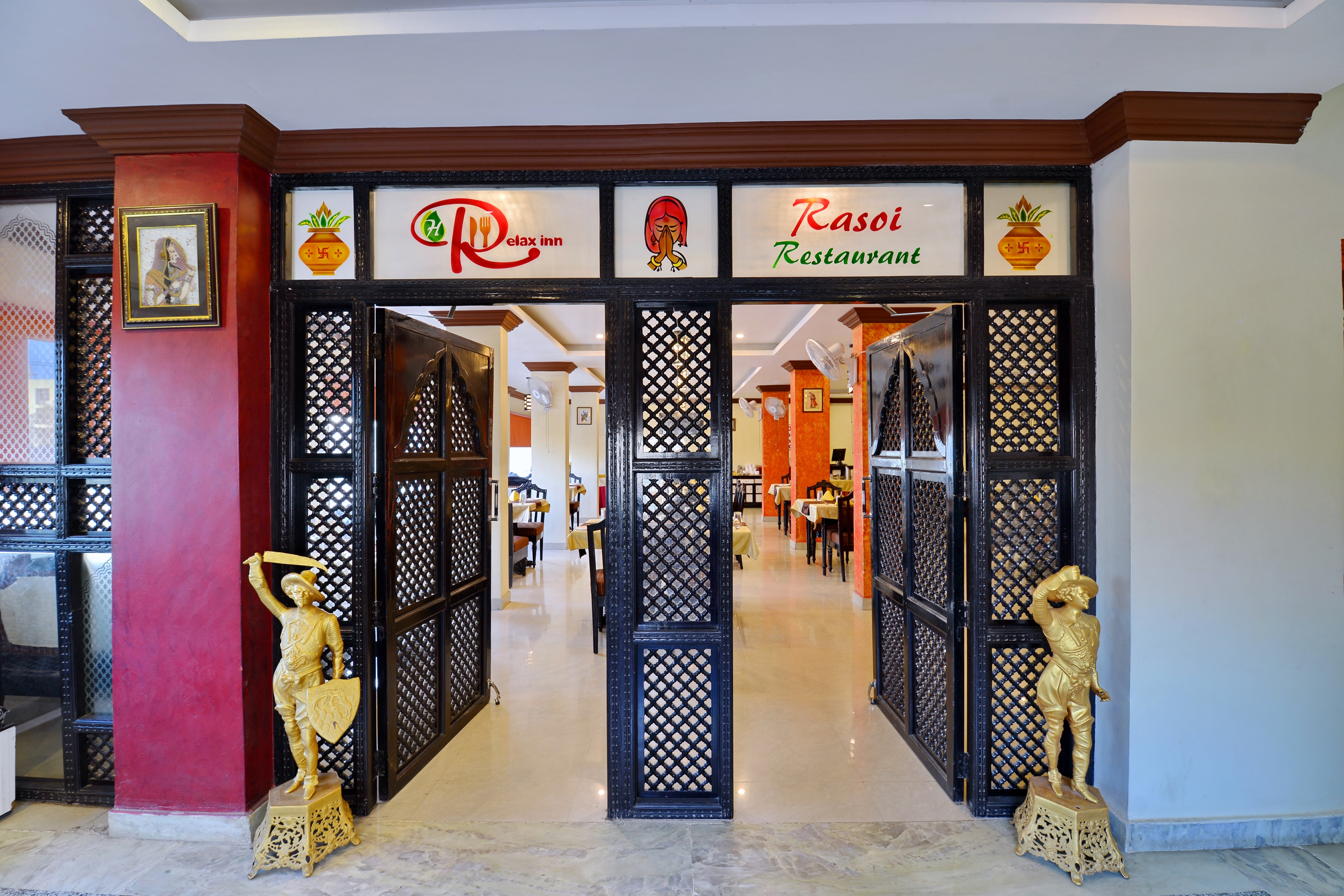Oyo 6541 Hotel Relax Inn Udaipur Hotel Booking Reviews Room