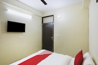 OYO 78112 Second Home Hotels
