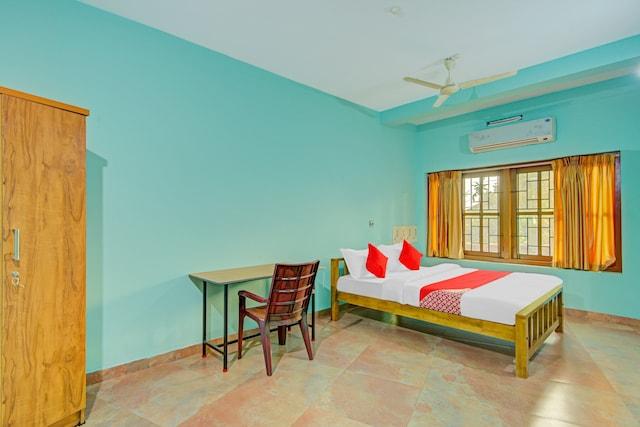 OYO 78161 Aaram Beach Resort