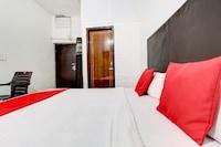 OYO 78163 Hotel Green