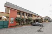 OYO 740 Bliss Hotel Dau