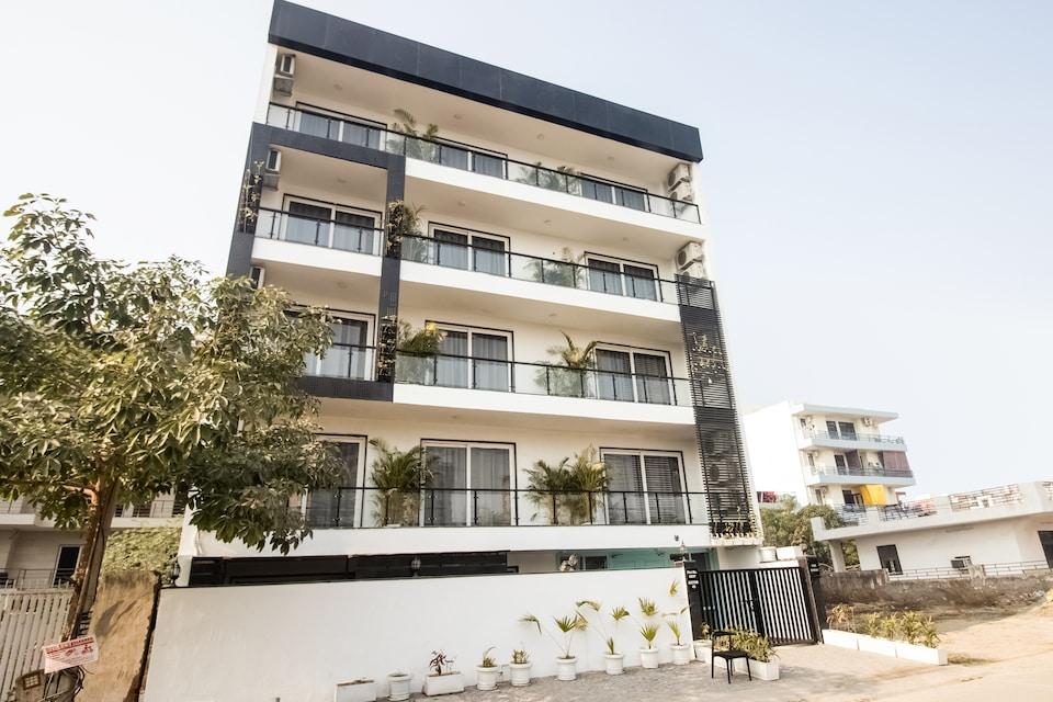 OYO 78196 Townhouse 223 Kanhai Chowk Sector 45, Huda 2, Gurgaon