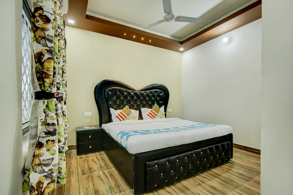 OYO Home 78205 Picturesque Stay