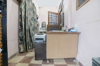 OYO Home 78208 Ambika House