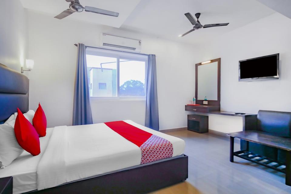 OYO 78250 Sree Nivas Serviced Appartments