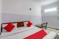 OYO 78270 Santi Inn