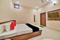 Capital O 991 Hotel Bharat