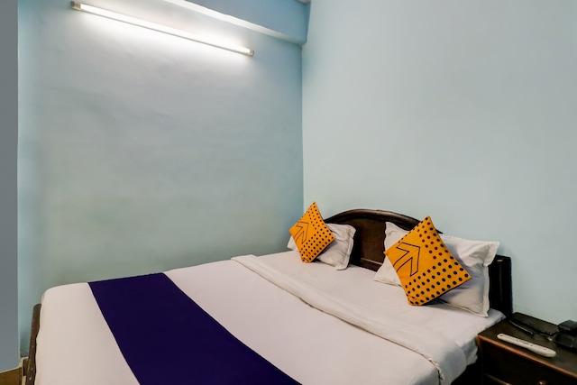 SPOT ON 78332 Hotel Nandini Palace