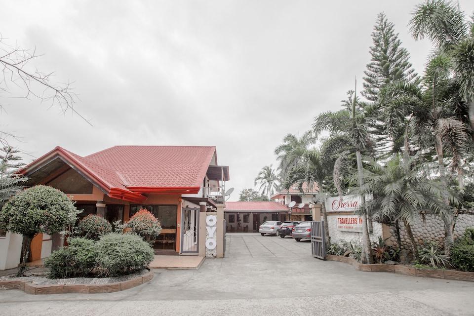 OYO 741 Sierra Travellers Inn