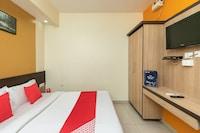 OYO 78375 Flagship Golden Inn
