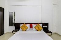 SPOT ON 78378 Hotel Vanganga Stay