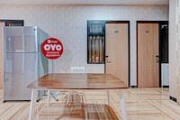 OYO 90227 Citraland Residence