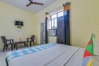OYO 78416 Sahab Hotel & Homes