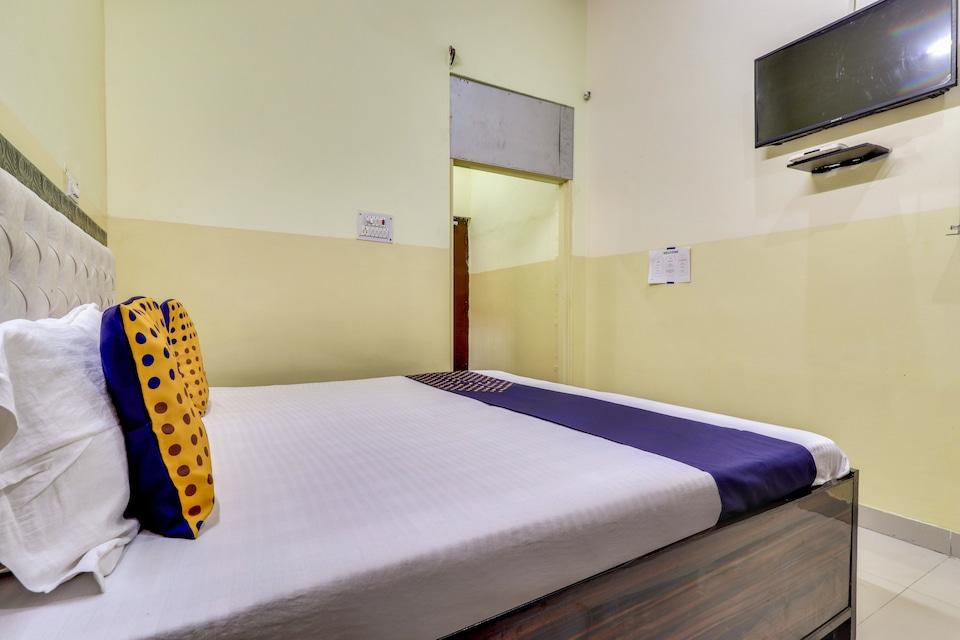 SPOT ON 78424 Rohan Hotel, Rewari, Rewari