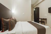 OYO Townhouse 423 Amaraa Hotel