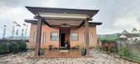 OYO 90242 Villa & Guest House Panput