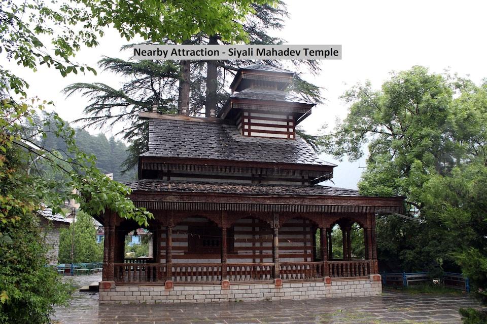 OYO Home 78510 Luxurious Himalayan View Cottage, Mall Road Manali, Manali