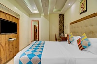 OYO 78522 Rafiq Luxury Rooms