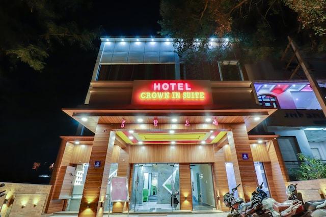Capital O 78552 Hotel Crown Inn Suite