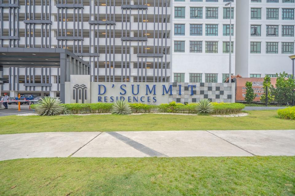 OYO 90183 D' Summit Residence 2bhk