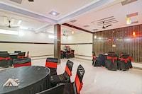 OYO 78600 Hotel Dakshit Inn