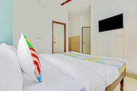 OYO 78631 DEL2983 A ONE Residency