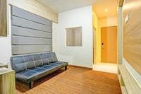 OYO 90261 Spring Residence